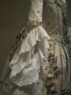 18th Century Gown  detail