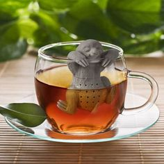 When you want to take life slow and hang out with a cup of tea, our Slow Brew Sloth Tea Infuser is happy to be there for you!  Time to smell the roses.