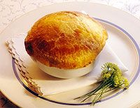 Whip up a delicious Roast Chicken Pie with home made pastry. (From all for women online) Ham Recipes, Pastry Recipes, Other Recipes, Chicken Recipes, Cooking Recipes, Recipies, Roast Chicken Pie, Best Roasted Chicken, South African Recipes