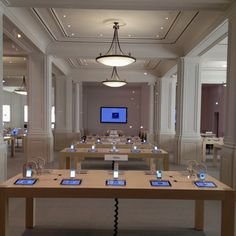 Apple Store  Opera  Paris  France    Docking Stations   Pinterest     Apple Store Amsterdam