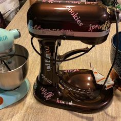 Measurement decal for your stand mixer or other appliance. Includes your name and conversion decals Mother's Day Idea, Kitchen decor Kitchen Aid Mixer, Kitchen Appliances, Paintball Party, Stand Mixer, Learn To Cook, Confectionery, Measuring Spoons, Drip Coffee Maker, Vinyl Decals