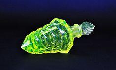 LITTLE PRINCESS - PESNICAK, Uranium - Bohemian Perfume Bottle #BohemiaDecorativeGlassJizeraMountain #BohemiaGlassdesignSchlevogtHoffmann