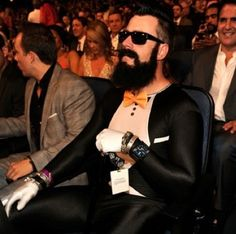 I LOVE the Cardinals but this guy is funny!!  Brian Wilson, San Francisco Giants (#MLB)
