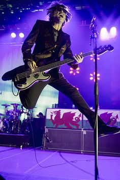 Manic Street Preachers perform in Newport Wales, UK, September 2013 #manicstreetpreachers #nickywire