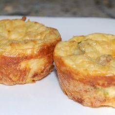 Potatoes In Muffin Tin Recipe, Mashed Potato Puffs Recipe, Leftover Baked Potatoes, Instant Mashed Potatoes, Baked Potato Recipes, Muffin Tin Recipes, Oven Recipes, Muffin Tins, Veggie Recipes