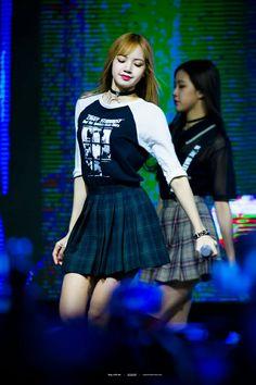 BLACKPINK at first college festival ( 건국대 ) #LISA