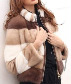 Classmates Source by Fur Fashion, Fashion Outfits, Womens Fashion, Pink Fur Coat, Elisa Cavaletti, Jessica Parker, Winter Outfits Women, Sweater Coats, Fur Jacket