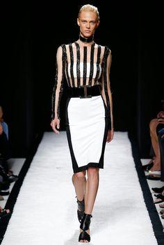 Balmain+black+white+pencil+skirt.jpg 1,067×1,600 pixels