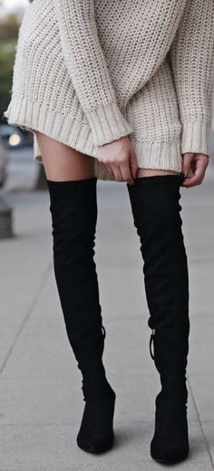 Brittany Xavier shows us exactly how to wear the thigh high boots trend; wearing this pair with an oversized cable knit sweater for a sleek and simplistic winter look. Sweater: H&M, Shorts: DSTLD DENIM, Boots: Zara