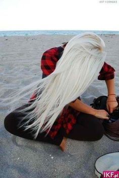be blonde. i am sure i already pinned this, but i love love love this hair color!!!!!