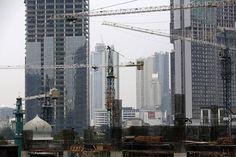 Suasana pembangunan gedung perkantoran di Jakarta yang kian marak. Berita properti    #perkantoran #property #gedungkantor