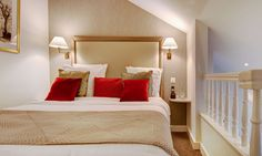 Suite Duplex à l'Hôtel Bristol de Genève   Suisse  #Suisse #Switzerland #Genève #Geneva #Hotel #Chambre #Bedroom