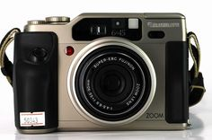 12 Film Cameras Worth Buying Right Now | Popular Photography Magazine
