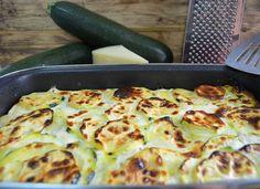 Receta de calabacin con merluza y gambas y crema de queso mancheg Queso Manchego, Zucchini, Food And Drink, Pizza, Cheese, Vegetables, Ideas Cenas, Diabetes, Vegetarian