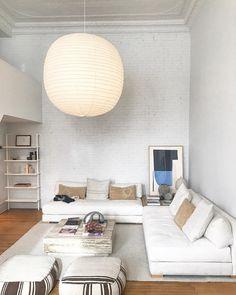 design styles home Living Room Seating, Living Room Sofa, Home Living Room, Living Room Japanese Style, Interior Design Living Room, Living Room Designs, Japanese Interior Design, Floor Seating, Piece A Vivre
