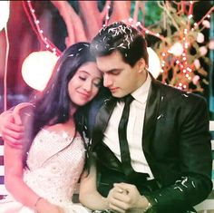 Yeh Rishta Kya Kehlata Hai: In the upcoming episodes of the show, Naira will make attempts to bring Suwarna and Kartik close to each other. - Yeh Rishta Kya Kehlata Hai: Naira decides to bring Suwarna and Kartik close Cute Couples Photos, Couples Images, Cute Couple Pictures, Couples In Love, Romantic Couples, Girl Pictures, Pre Wedding Poses, Wedding Couple Poses Photography, Bridal Poses