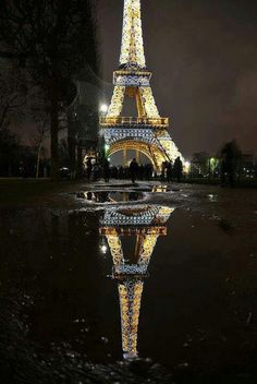 Paris~ Eiffel tower/ would love to get propose there:))