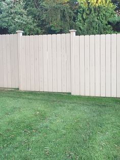 Fence with lines
