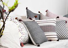 Des coussins de style ethnique : De gauche à droite : coussin Gloria / coussin Amaya / coussin  Anouk / coussin Alice. Jamini Design