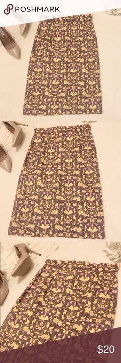 Shabby apple print skirt Gorgeous multi colored scroll print shabby apple skirt. Mauve/soft brown body with pink and yellow design. Worn once. EUC condition. Size small. Waist 14.5 length 26.75 shabby apple Skirts Midi