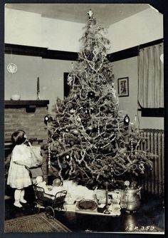 1920 Christmas Tree w Victorian Girl Toys Beautiful Image | eBay