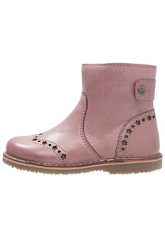 bellybutton Korte laarzen rosa, 79.95, http://kledingwinkel.nl/shop/kinderen/bellybutton-korte-laarzen-rosa/ Meer info via http://kledingwinkel.nl/shop/kinderen/bellybutton-korte-laarzen-rosa/