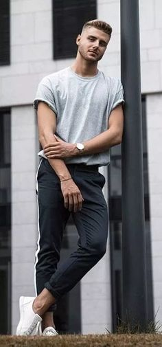 Coolest Casual Men Outfits For Summer This Year 23 - vattire.com