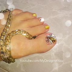 Golden pedicure design idea. Toenail Art Designs, Pedicure Designs, Toe Nail Art, Toe Nails, Nail Inspo, Feet Nails, Toenails, Pedicures, Pedicure