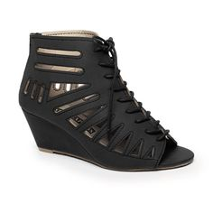 Buy shoes & footwear online - Number One Shoes Number One Shoes, Kenzo Sweater, Camo Jacket, Buy Shoes, Shoes Online, Latest Trends, Ethnic, Footwear, Wedges