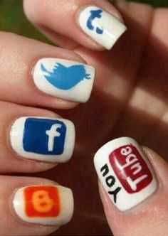 What I like: I like how social media gives nail design tips! What struck my fancy: These nails are fancy! Each finger has a different type of social media site on it! What is funny: These are fun creative nails, use this picture as a tip and do this! Love Nails, How To Do Nails, Pretty Nails, Nail Manicure, Diy Nails, Nail Polish, Manicure Ideas, Nail Ideas, Nailart
