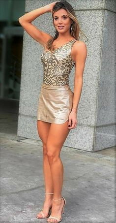 Sexy Skirt, Dress Skirt, Bodycon Dress, Sexy Outfits, Sexy Dresses, Girls In Mini Skirts, Best Swimwear, Workout Attire, Girl With Curves