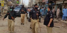 KARACHI: Sindh government has decided to impose three-hour complete lockdown on Friday between pm to pm as a measure to contain spread of coronavirus, announced home department on Thursday. Nasir Hussain, Standard Operating Procedure, Pakistan Zindabad, Private Hospitals, Law Enforcement Agencies, Urdu News, Political News, Police Officer, Ramadan