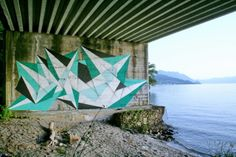 Beautiful green geometric piece from Vine by the water.