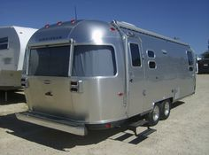 I want an Airstream!  Traveling the country would be so much fun.