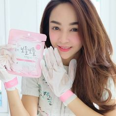 Treat your hands to a spa day with AngelLooka's Moisturizing Hand Mask!