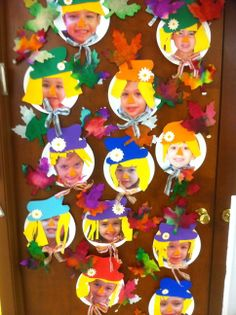 Dressed students' faces up as scarecrows for fall bulletin board Thanksgiving Preschool, Fall Preschool, Preschool Crafts, Crafts For Kids, Thanksgiving Writing, Autumn Activities For Kids, Craft Activities, Autumn Art, Autumn Theme