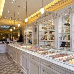 Today, we present you the Best Lighting Stores in Paris. The country is known for its appreciation and good taste for design, and also, for being one of the most important places where design trends and styles are born. Bakery Cafe, Paris Bakery, Paris Cafe, Angelina Cafe, Angelina Paris, Chocolate Store Design, Chocolate Stores, Hot Chocolate, Cake Shop Interior