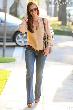 Minka Kelly dans les rues de Los Angeles.