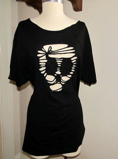 WobiSobi: Project Re-Style #39 Skull Cut Out Tee.