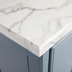 Charmant Get The Look Of A Marble Counter For Less With Laminate. This Preformed  Edge Treatment Creates The Illusion Of A Thick Slab On The Kitchen Island.