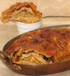 Munich Apple Struddel  Recipe from: Bavarian Cooking   By: Olli Leeb