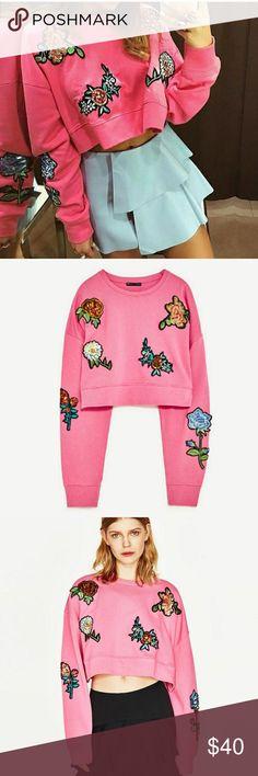 ZARA appliqués pink crop sweater Worn twice! Like new condition! Super cute with high rise jeans or a fun skirt. Zara Tops Crop Tops