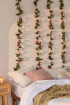 Exceptional boho bedroom are offered on our site. Read more and you wont be sorry you did. Cute Room Ideas, Cute Room Decor, Flower Room Decor, Bedroom Wall Decorations, Cool Home Decor, Floral Bedroom Decor, Romantic Room Decoration, Diy Dorm Decor, Floral Room