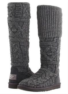 chunky knit charcoal Uggs I would live in these! Love me some Uggs:) Nylons, Ugg Boots Sale, Uggs For Cheap, Sweater Boots, Grey Sweater, Leggings, Chanel, Swagg, New York Fashion