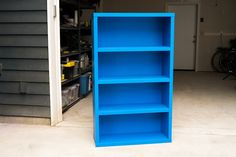 Build a DIY Sporting Goods Holder to Keep Your Garage Organized Deep Drawer Organization, Garage Organization, Garage Storage, Diy Projects Garage, Outdoor Projects, Old Bookcase, Colonial Style Homes, Elle Decor, Outdoor Gear