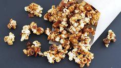 Chocolate Caramel Bacon Popcorn - OMG!!! Making this soon.