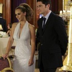 Melinda Gordon, Ghost Whisperer, Jennifer Love Hewitt, Favorite Tv Shows, Celebrity, Women's Fashion, Couples, Wedding Dresses, Ghosts