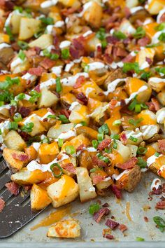 Cheesy Bacon Ranch Roasted Potatoes - Made with light ranch and light cheddar but still completely indulgent and delicious! Total comfort food that is sure to please!