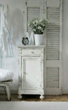 Romantic shabby chic bedroom decor and furniture inspirations (9)