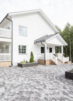 #lakkakivitalot #talo #house #architecture #rakentajat2020 #rakentajat2021 Home Fashion, Exterior, House Architecture, Mansions, House Styles, Outdoor Decor, Design, Home Decor, Home Architecture